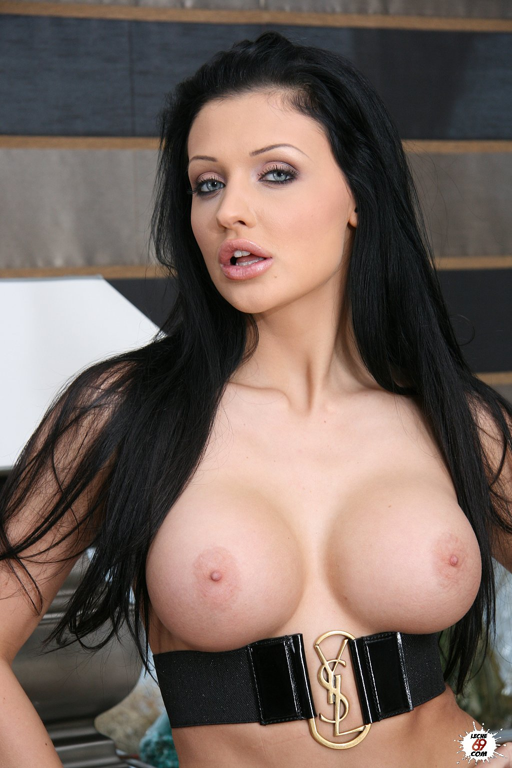 Sexy Porno Galleries  Busty Aletta Ocean