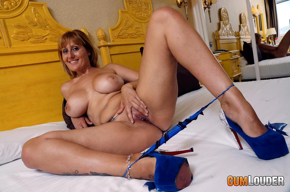 испанская порнозвезда kelly фото