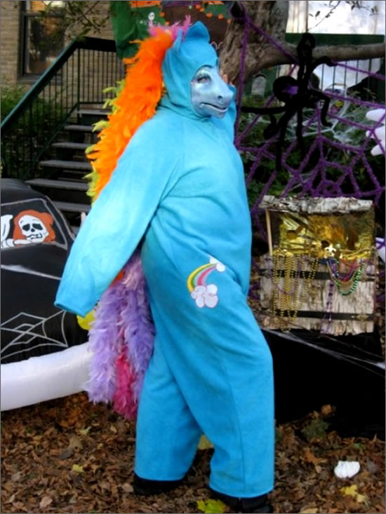 cosplay-pony