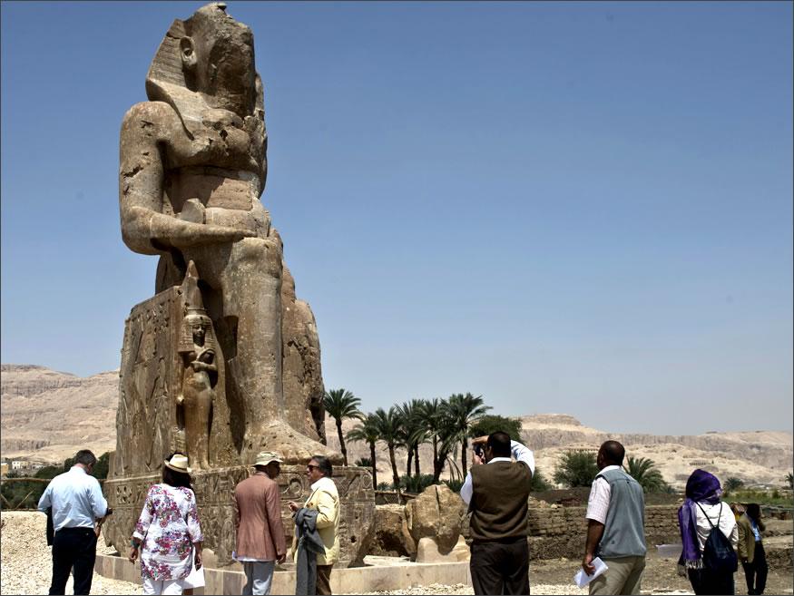 estatuas gigantes en egipto