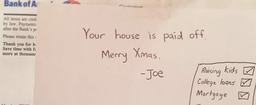 Joe les hace un regalo a sus padres
