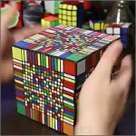 Resolviendo el mega cubo de Rubik
