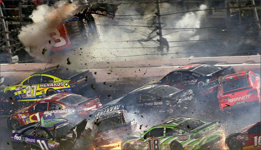 accidente-nascar-valla