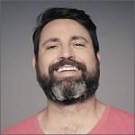 Reacciones al quitarse la barba tras 14 años