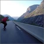 Bajando un puerto de montaña noruego en skate