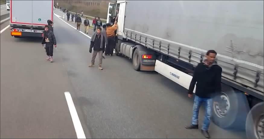 Camioneros vs inmigrantes