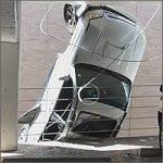 coche-colgando200
