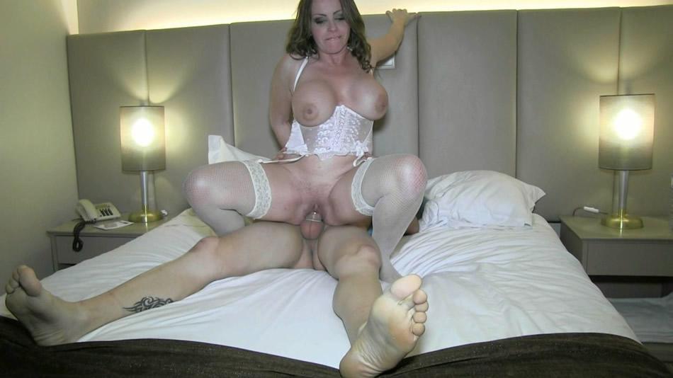 follarse a su actriz porno