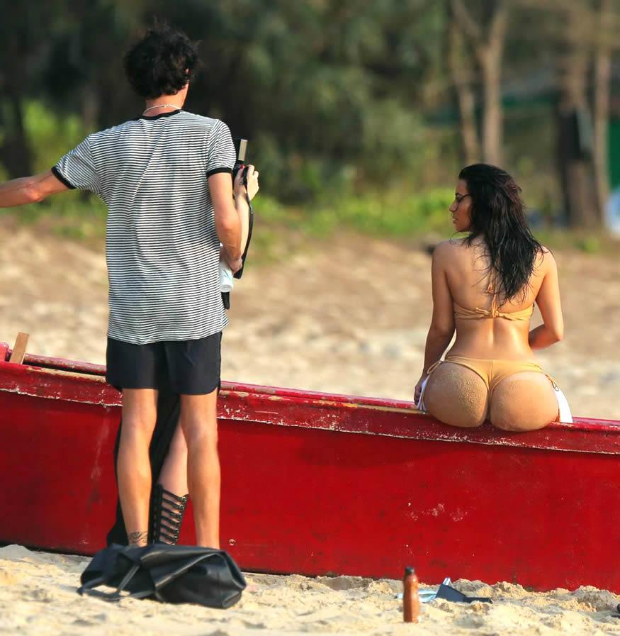 Kim-Kardashian-culo-inmenso