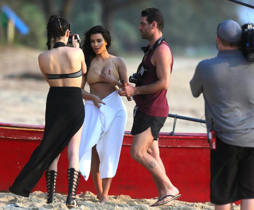 Kim-Kardashian-tetona