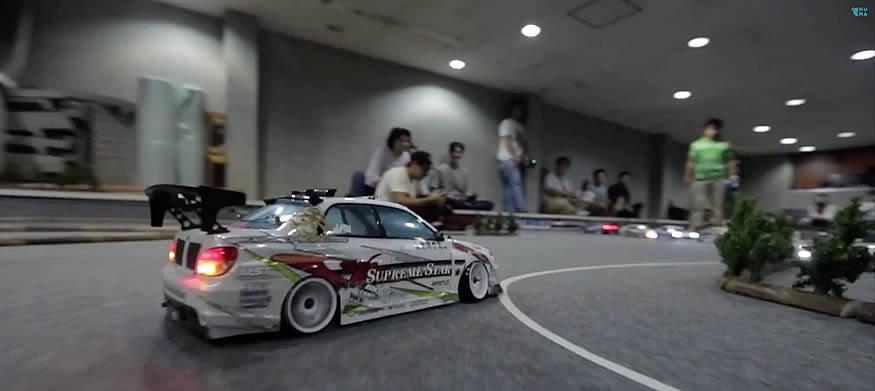 Drift con coches teledirigidos