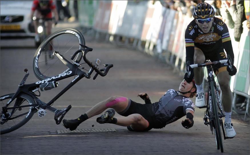 caida-bici-golpe-suelo