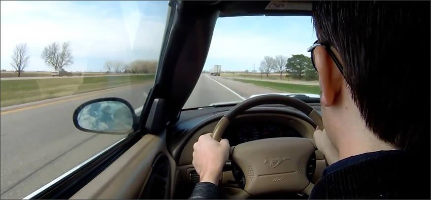 Se desmaya mientras conduce