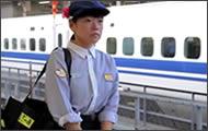 limpiando el tren bala