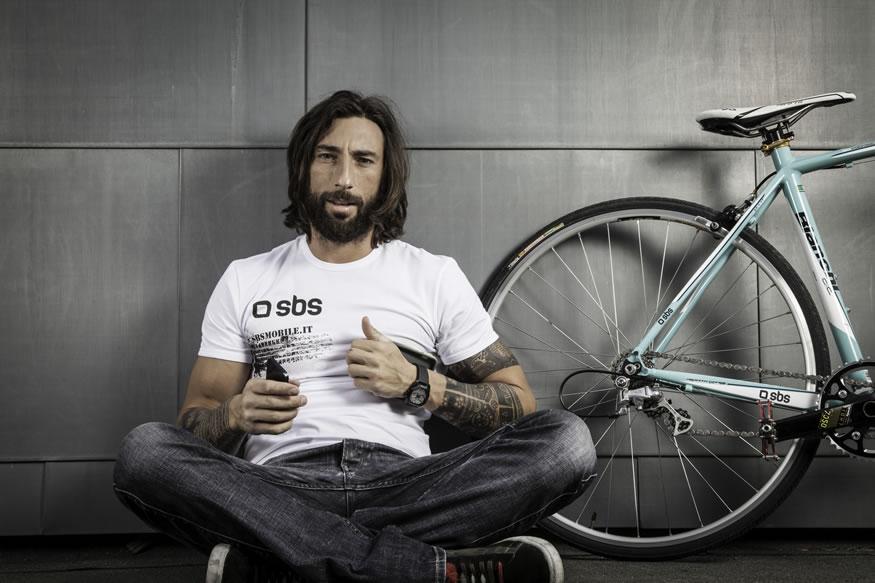 Freestyle del ciclista Vittorio Brumotti