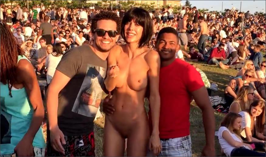 selfie con ella desnuda
