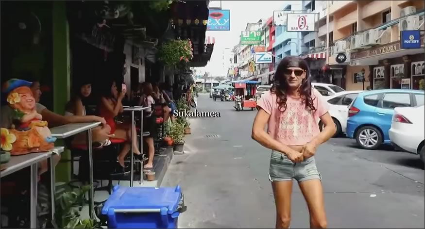 prostitutas de camino a la playa