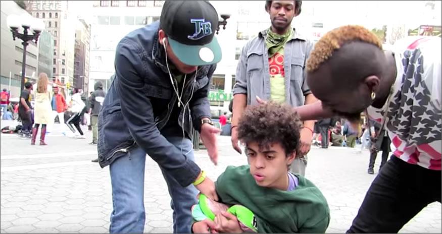ladron-sombreros-pelea