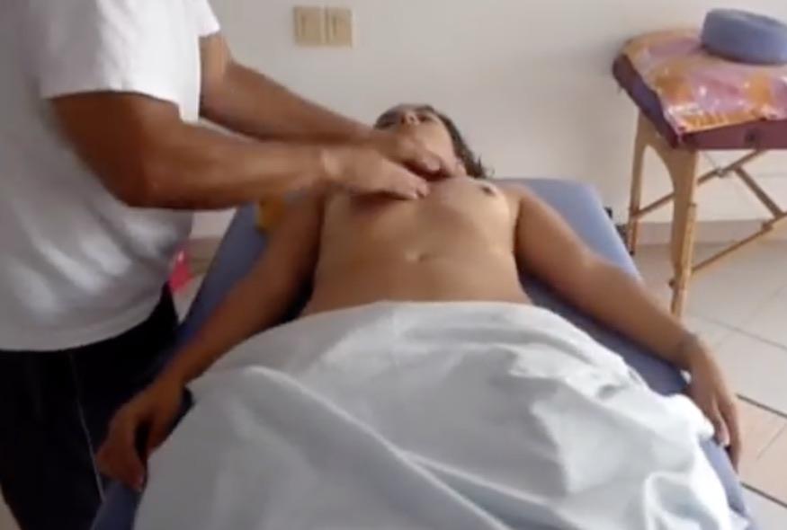 Facebook masaje pecho grande